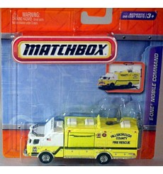 Matchbox Working Rigs - E-One Mobile Command Fire Truck
