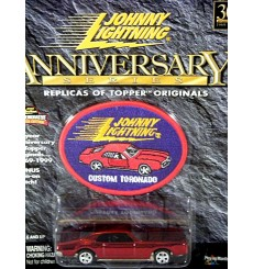 Johnny Lightning 30th Anniversary Oldsmobile Toronado