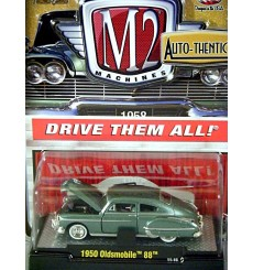 M2 Machines Auto-Thentics - 1950 Oldsmobile 88