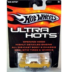 Hot Wheels Ultra 1965 Pontiac GTO