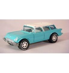 Johnny Lightning Classic Customs Corvettes – 1954 Chevrolet Corvette Nomad