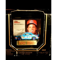 Racing Champions Wally Dallenbach 43 Petty Racing Stock Car
