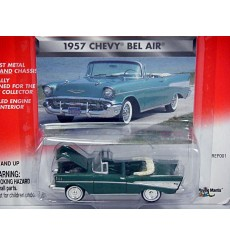 Johnny Lightning Tri-Chevys - 1957 Chevrolet Bel Air Convertible