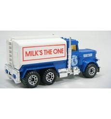 Matchbox - Peterbuilt Milk Tanker (Door Logo)