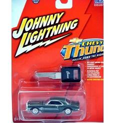Johnny Lightning Chevy Thunder - 1968 Yenko Chevy Camaro