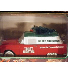 Spec Cast - Holiday Magic Series - 1955 Chevrolet Nomad Christmas Car