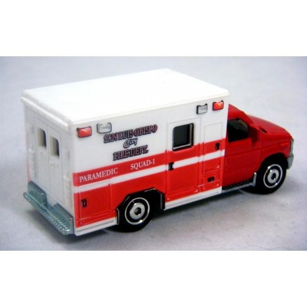 Matchbox Ford E350 Ambulance Matchbox Ford E350 San