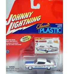 Johnny Lightning Classic Plastic Series - 1970 AMC Rebel Machine Muscle Car