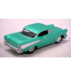 Johnny Lightning Red Card Series - 1957 Chevrolet Bel Air