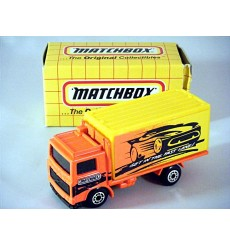 Matchbox - Volvo Container Truck - MB Fastlane