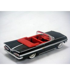 Johnny Lightning 1959 Chevrolet Impala Convertilble
