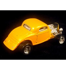 Johnny Lightning Junkyard: 32 Ford Deuce Coupe