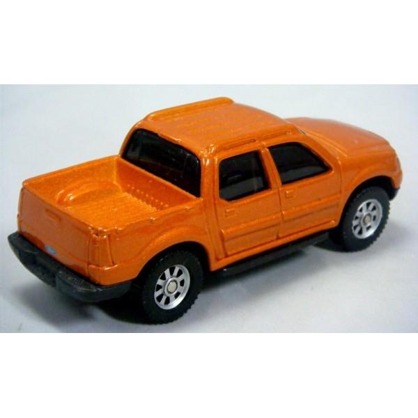 maisto ford explorer sport trac pickup truck global diecast direct. Black Bedroom Furniture Sets. Home Design Ideas