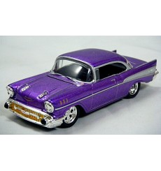 M2 Machines: 1957 Chevrolet Bel Air (Toys R Us Holiday Excl)