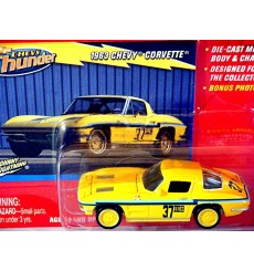 Johnny Lightning 1963 Chevrolet Corvette Split Window Coupe SCCA Race Car