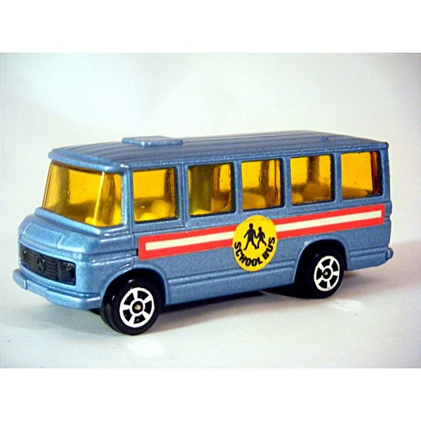 Corgi juniors 15 c 1 mercedes benz school bus global for Mercedes benz school