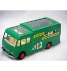 Matchbox Major Packs M-6-B: Racing Car Transporter