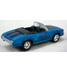 Johnny Lightning - 1974 Oldsmobile Cutlass Indy Pace Car
