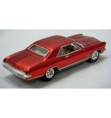 Johnny Lightning Holiday Classics - 1965 Buick RIviera