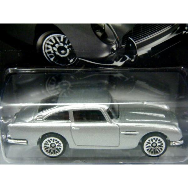 Hot Wheels - James Bond 007 - 1963 Aston Martin DB5 ...