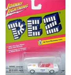 Johnny Lightning PEZ 1965 Ford Mustang Convertible