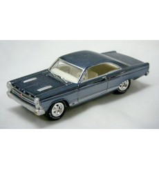 Johnny Lightning Holiday Classics 1966 Ford Fairlane GT
