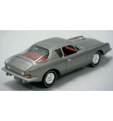 Johnny Lightning - 1963 Studebaker Avanti