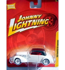 Johnny Lightning Forever 64 Series R6 1937 Cord 812 Supercharged Convertible