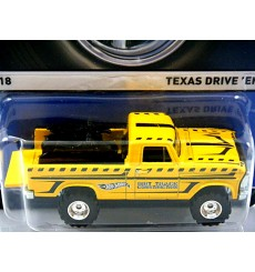Hot Wheels Real Riders - Texas Drive 'Em - 4x4 Pickup Truck with Motorcycle