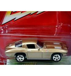Johnny Lightning Pro Collector Series 1963 Chevrolet Corvette Spilt Window Coupe