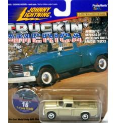 Johnny Lightning - Truckin Amierica - 1960's Studebaker Pickup Truck