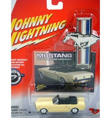 Johnny Lightning Mustang - 1965 Ford Mustang Convertible
