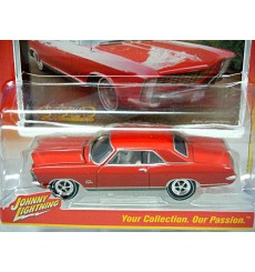 Johnny Lightning R2- Classic Gold - 1965 Buick Riviera