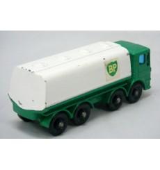 Matchbox Regular Wheels (MB32B-2) - Leyland BP Tanker
