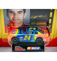 Racing Champions 1995 NASCAR Signature Series - Jeff Gordon 1995 Chevrolet Monte Carlo