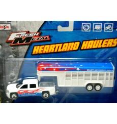 Maisto Heartland Haulers - Chevrolet Silverado and Horse Trailer