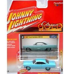 Johnny Lightning R2- Classic Gold - 1967 Ford Fairlane 500 XL