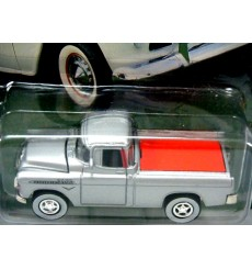 Johnny Lightning Truckin America - 1955 Chevrolet Cameo Pickup Truck
