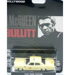 Greenlight Hollywood Series - Steve McQueen Bullitt -  1967 Ford Custom - Sunshine Taxi