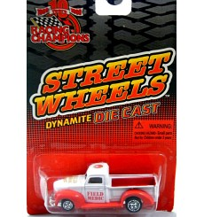 Racing Champions Street Wheels Series - 1950's Ford Pickup EMT Field Medic Truck