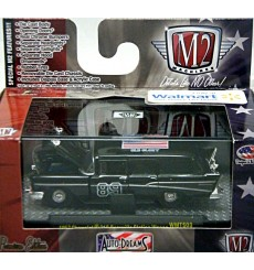 M2 Machines Auto Dreams - Old Glory Series - 1957 Chevrolet 210 Beauville Station Wagon