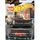 Hot Wheels Garage - 1967 Pontiac GTO Convertible