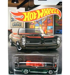 Hot Wheels Garage - 1967 Pontiac GTO Convertible