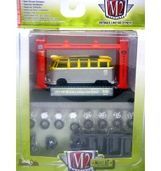 M2 Model Kits - 1959 VW Microbus Deluxe USA Model