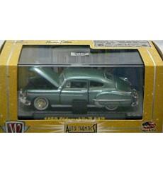 M2 Machines Auto-Thentics - 1950 Oldsmobile 88