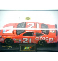 Revell -  Michael Waltrip Citgo Ford Taurus NASCAR Stock Car