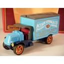 Matchbox Models of Yesteryear - 1920 Mack Model AC Acorn Storage Truck