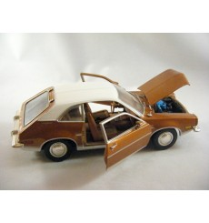 Motor Max Ford Pinto (1:24 Scale)