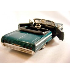 Superior Diecast 1964 Chevrolet Impala Lowrider Convertible (1:24 Scale)