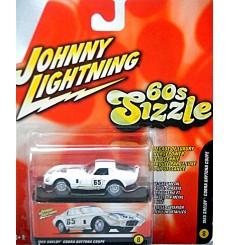 Johnny Lightning 60s Sizzle 1965 Shelby Daytona Coupe
